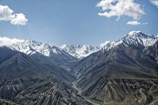 В Таджикистане разбился вертолет, летевший на помощь к россиянам
