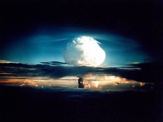 Экс-разведчица рассказала об угрозе ядерной войны между Россией и США