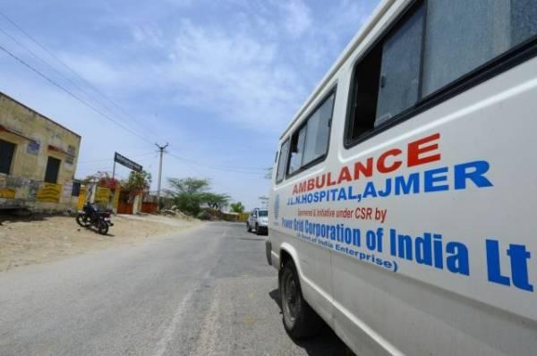 СМИ: минимум два человека погибли при пожаре в гостинице в Нью-Дели