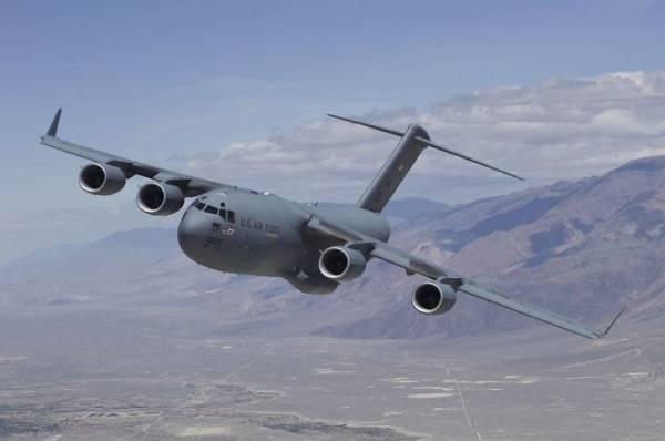 США расследуют обнаружение тела в отсеке вылетевшего из Кабула самолета