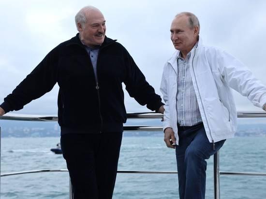 """Лукашенко назвал тему переговоров с Путиным: """"Белорусы в стороне не останутся"""""""