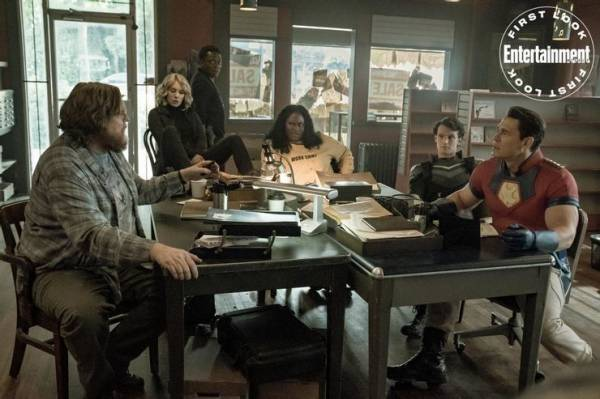 """Джон Сина и команда: Опубликован первый кадр из сериала """"Миротворец"""""""