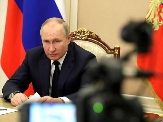 Песков раскрыл детали самоизоляции Путина по коронавирусу