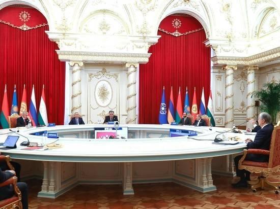 Президенты стран ОДКБ обсудили Путина в случайно включенном эфире