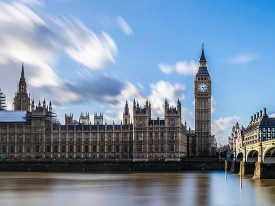 Британские депутаты обвинили Джонсона в пренебрежении национальной безопасностью