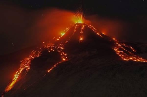 В результате извержения вулкана на Канарах нет пострадавших