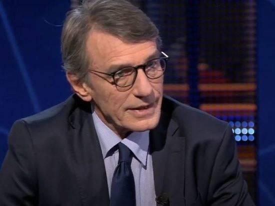 Главу Европарламента Сассоли положили в больницу с пневмонией
