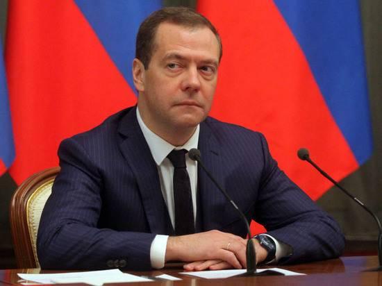 «Сильный кашель»: Андрей Турчак заявил о болезни Дмитрия Медведева