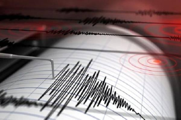 Землетрясение магнитудой 5,9 произошло возле Курильских островов