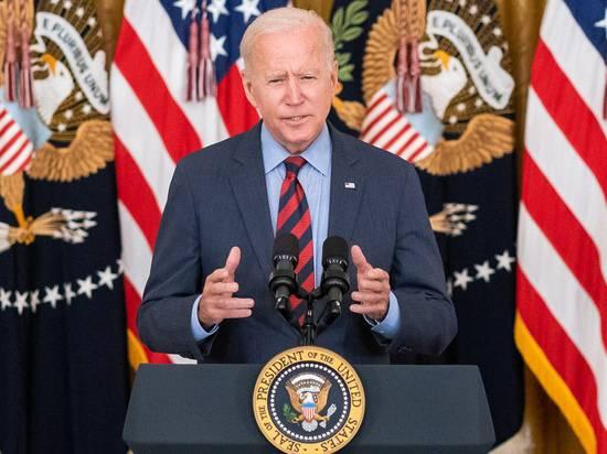 Политолог увидел скрытый смысл в заявлениях Байдена о «холодной войне»
