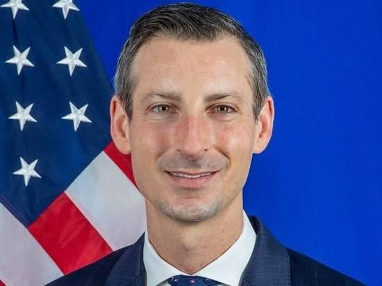 Официальный представитель Госдепартамента США Прайс заболел коронавирусом