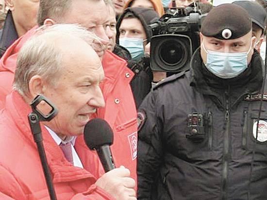 Судьба Зюганова: что будет с неожиданно преуспевшей КПРФ после выборов