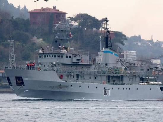 Капитан 1 ранга посмеялся над «спасательной операцией» украинских ВМС